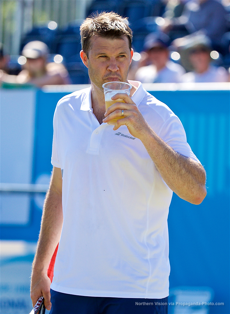 LIVERPOOL, ENGLAND - Saturday, June 17, 2017: Barry Cowan (GBR) takes a sip from a spectator's pint during Day Three of the Liverpool Hope University International Tennis Tournament 2017 at the Liverpool Cricket Club. (Pic by David Rawcliffe/Propaganda)